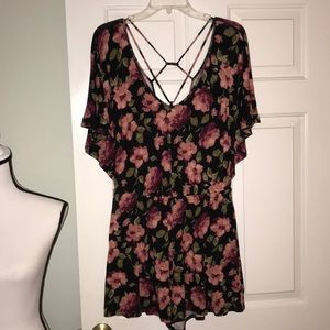 AEO Black Romper with Pink Roses Size M w/ Pockets